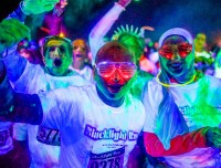 glow in the dark while you run at the blacklight run