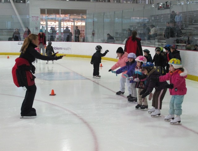 Learn to skate programs at Aviator Sports in Brooklyn