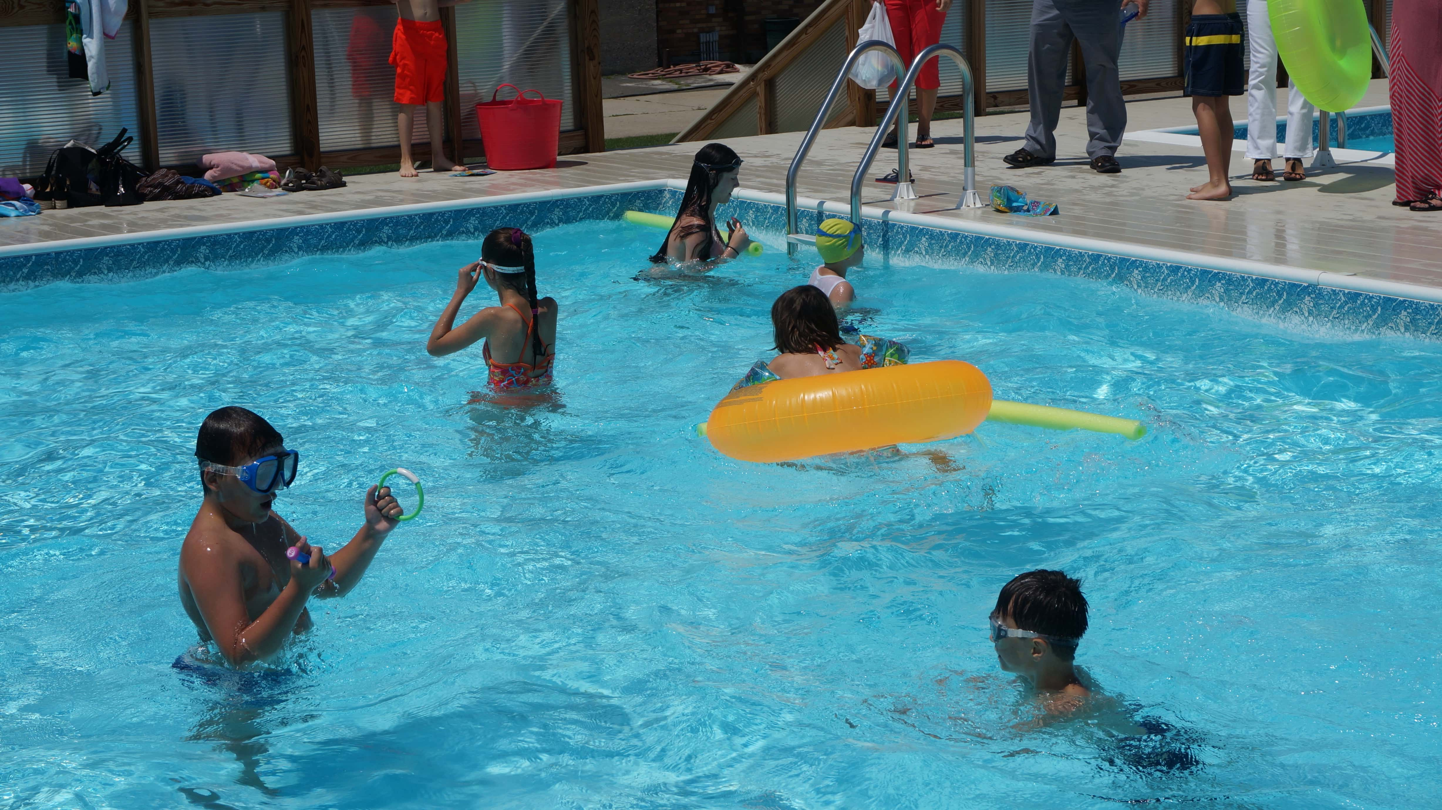 Pool parties for kids 39 birthdays aviator sports brooklyn ny - How to make a pool party ...
