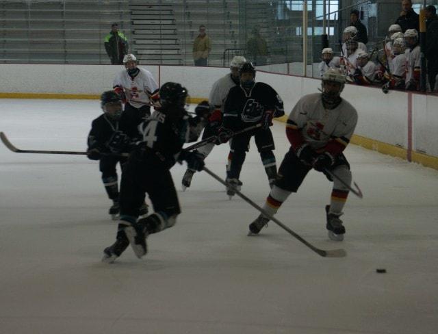 Hockey Game Pass 15