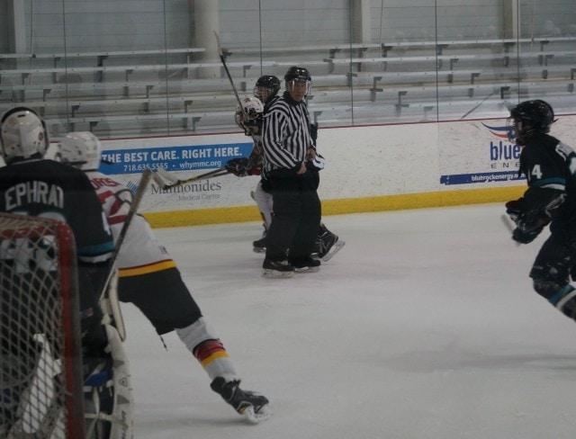 Hockey Game Pass 13