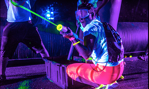 every player has fun at Aviator's Blacklight Wars