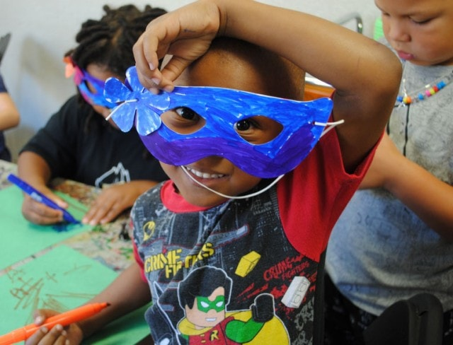 Girl Does Arts and Crafts in after school programs brooklyn - Brooklyn After School Program