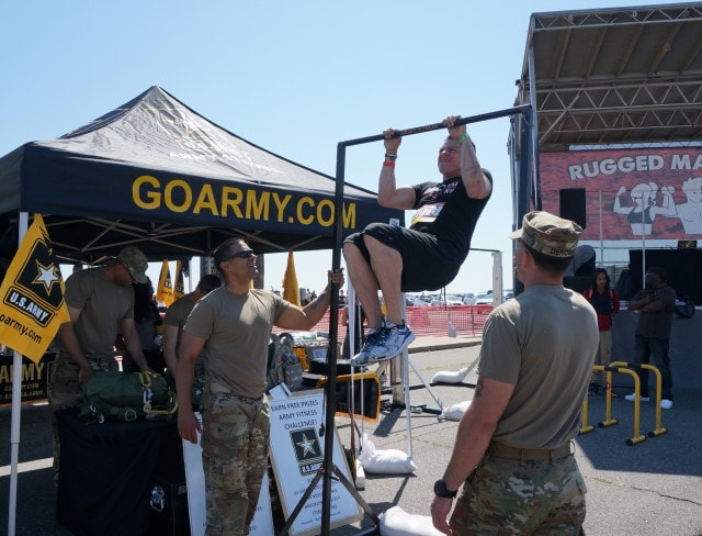 Go Army Pull Up Contest / Rugged Maniac