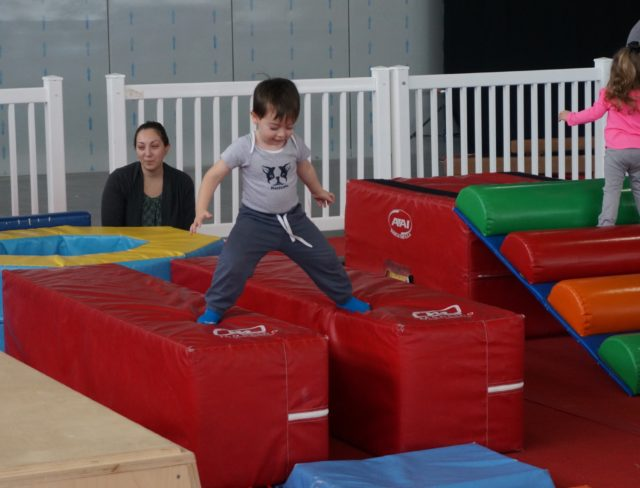parent and me classes, gymnastics for toddlers, mom and me, dad and me, baby gymnastics, gymnastics for babies