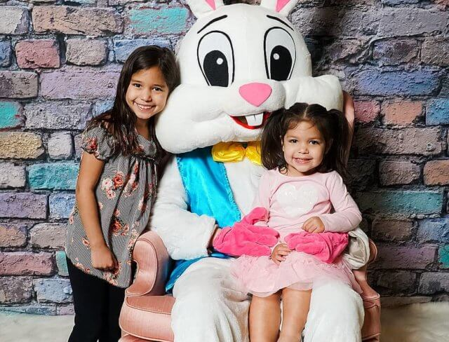 Brunch with the Easter Bunny, Brunch with Bunny