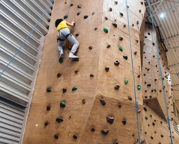 Groups Rock climbing