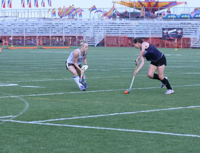 field hockey play