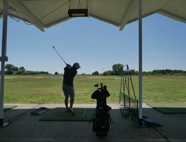 golf driving ranges at the aviator golfing center