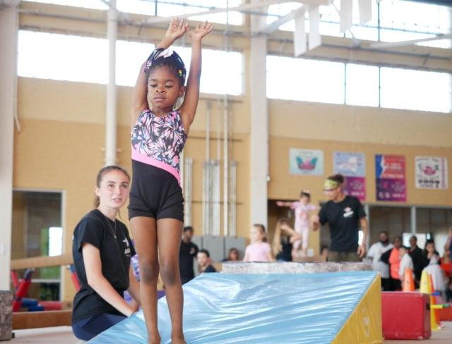 girls gymnastics class, gymnastics girl, girls gymnastics