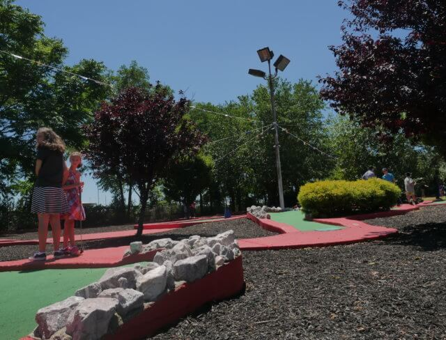 mini golf course, put put, miniature golfing, miniature golf course, miniature golf courses